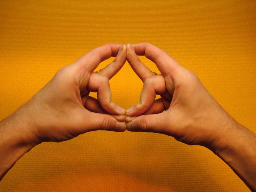 Мудры при гипертонии ⋆ Лечение Сердца