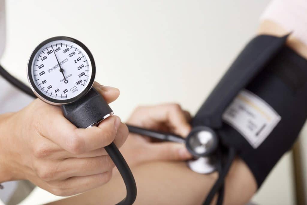 Давление 240 что делать - Cardiologiy