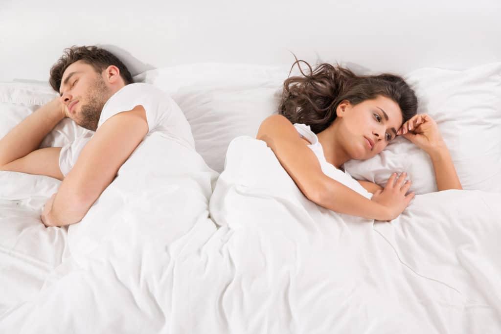 Фото постели после секса эта