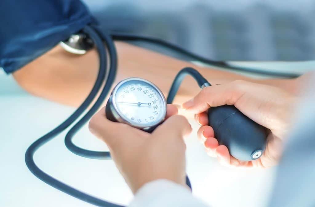 Изолированная систолическая гипертензия: причины и симптоматика