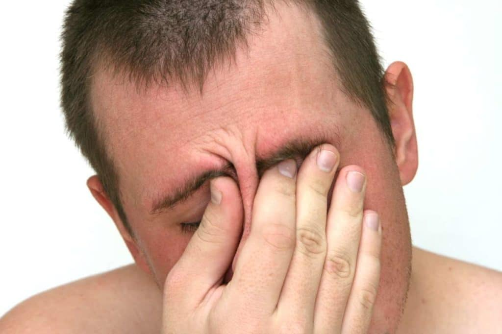 Симптомы ангиопатии сетчатки