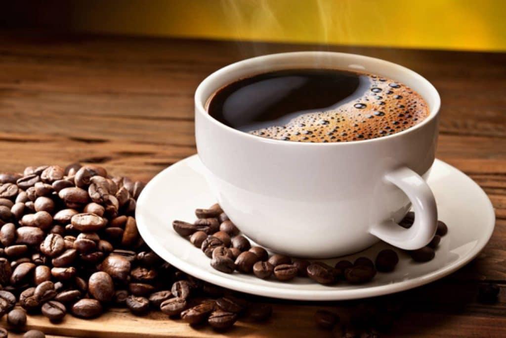 Кофе повышает или понижает давление у человека: можно ли пить кофе ...
