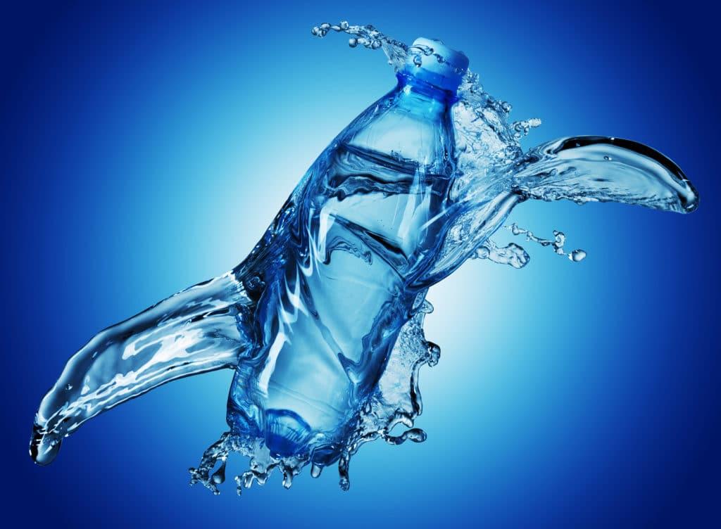 Вода при гипертонии: почему так важен питьевой режим при высоком АД?