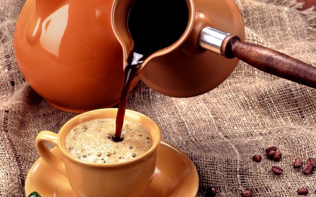 Понижает или повышает давление кофе можно ли его пить при гипертонии и гипотонии