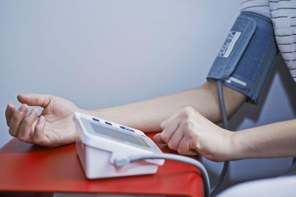 Измерение давления при эссенциальной гипертензии