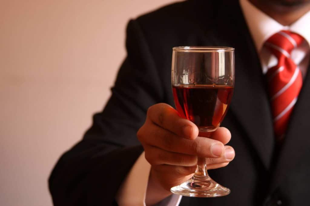 Скачет давление от алкоголя