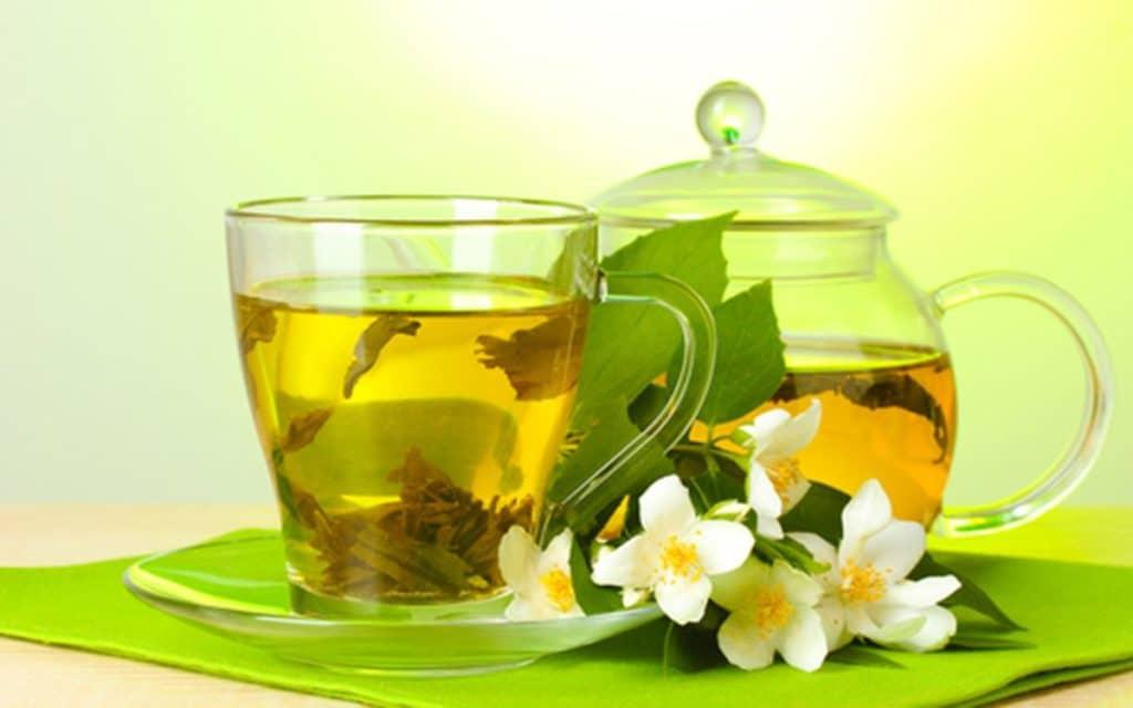 Зеленый чай с жасмином при давлении