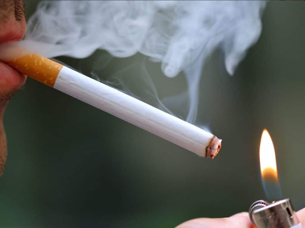 ban smokig If a city lawmaker has his way, smoking and walking will soon be outlawed on city streets that's the bill councilman peter koo proposed on thursday.