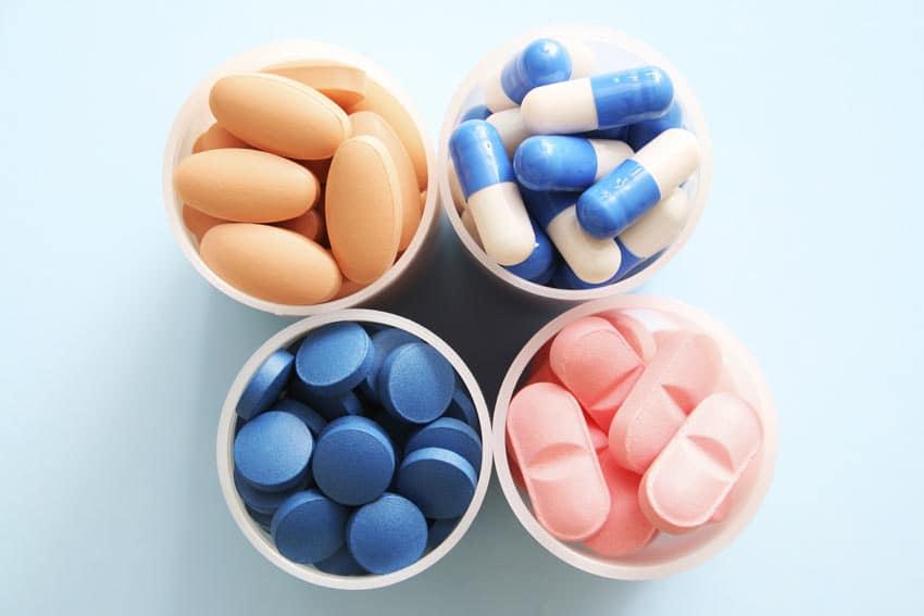 Препараты для снижения давления: группы медикаментов, список и особенности применения