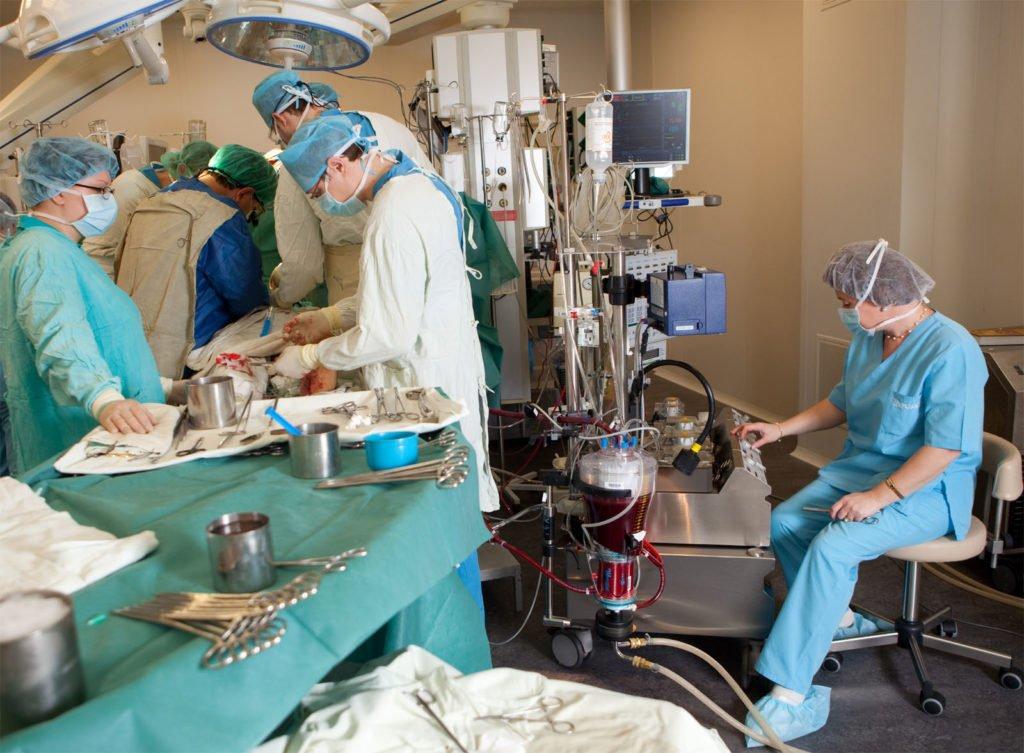 Какие операции делают при мерцательной аритмии: виды, особенности, цена, рекомендации
