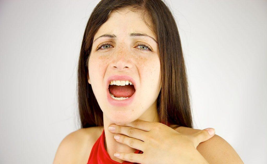 Ком в горле при ВСД и кашель: причины и методы борьбы с дискомфортом